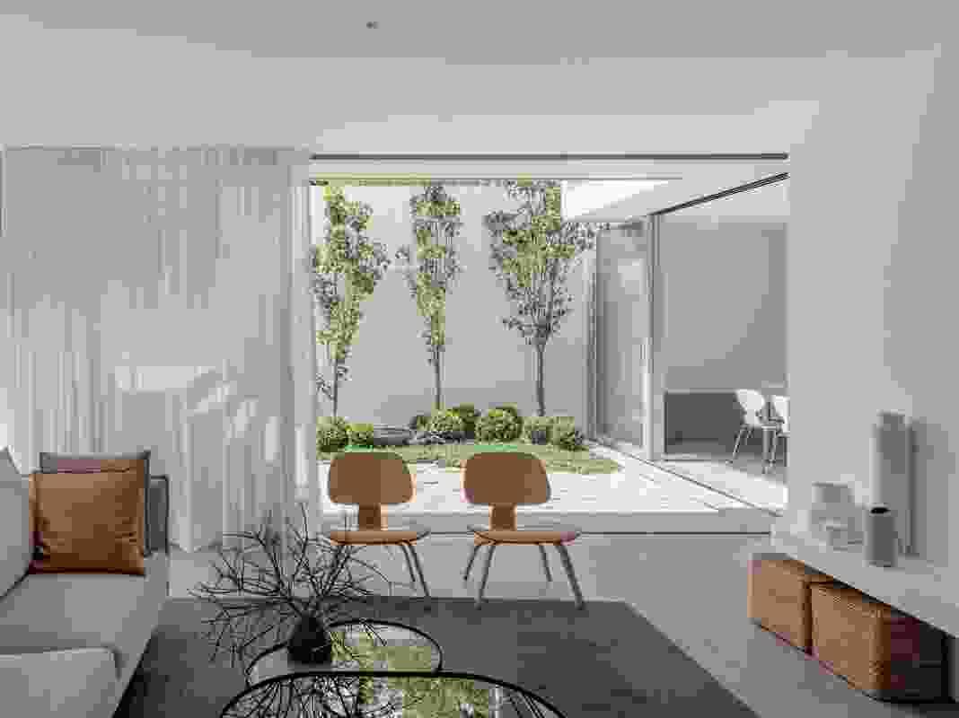 Paddington House 05 by Nobbs Radford Architects.