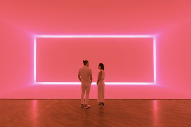 James Turrell, Raemar pink white, 1969. Shallow space construction: fluorescent light, 440 x 1070 x 300 cm. Kayne Griffin Corcoran, Los Angeles, California.