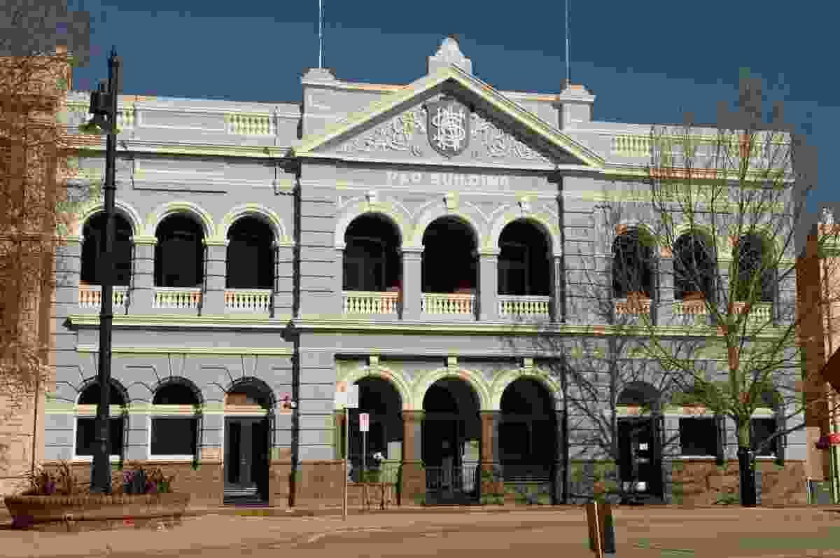 P&O Building designed by Charles Lancelot Oldham, 1903.